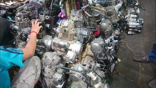 chợ phụ tùng xe máy campuchia